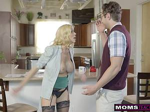 Cunning dude tricks his stepmom into sex before fucking his gf