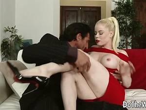 Smoking hot Nikki bangs Tommy Gunn in front of her husband