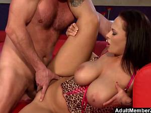 Thick MILF with huge natural tits gets a proper pounding