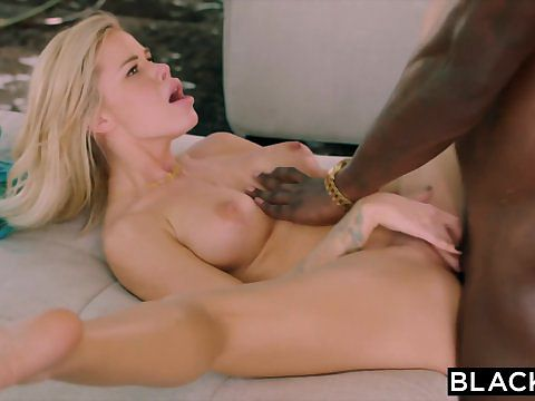 women deepthroating cocks