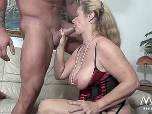 Granny still horny for a good dicking now and then